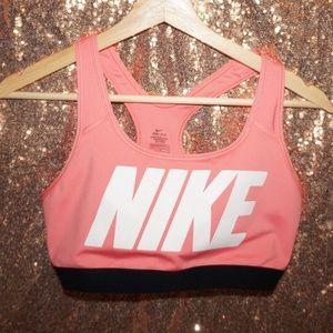 Nike L Sports Bra